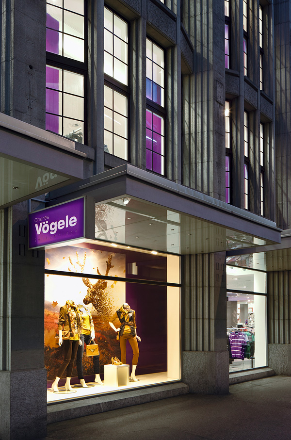 Charles Vögele autumn campaign - example of the campaign in the department store